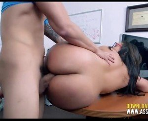 Amateur Thick Teen Tries Porn