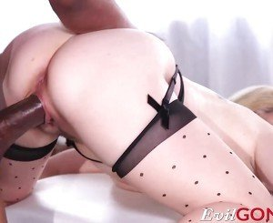 Aiden Star taking a pussy