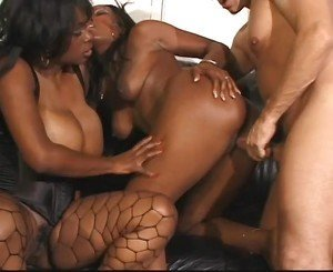 Black Bad Girls 14 - Scene 1