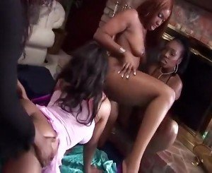 Foursome All Girls Chocolate Orgy